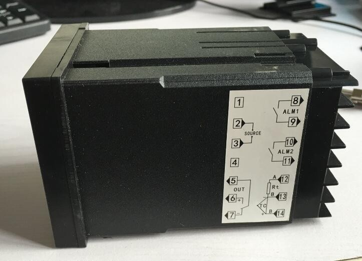 PID temperature controllerRKC REX-C400FK02-V*AN Solid State Relay Output